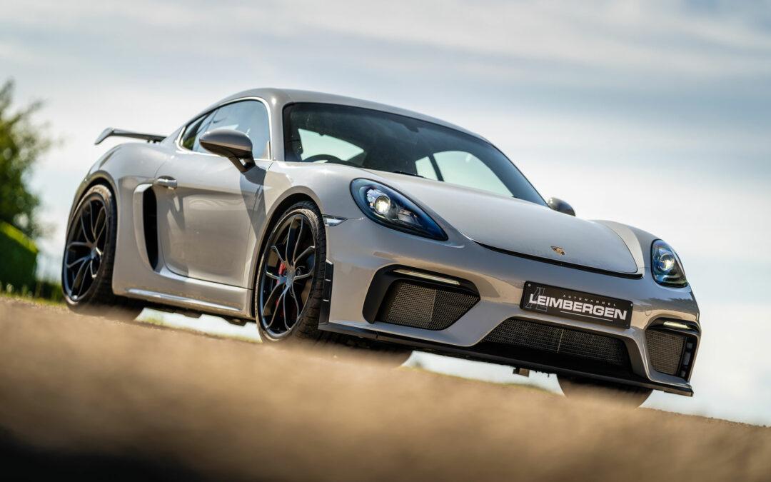 Porsche 718 Cayman GT4 / Club Sport / Volle kuipstoelen / Cruise control / Interieurpakket in carbon / ParkAssist met camera